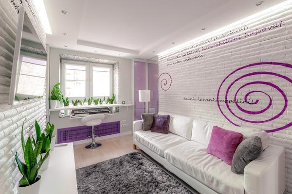 Сиреневый цвет можно сочетать с различными цветовыми гаммами, главное - чтобы они гармонировали между собой