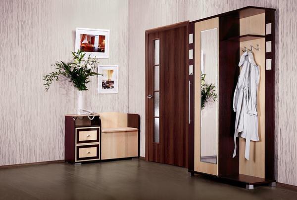 Прежде чем установить двери в коридор, продумайте систему открывания
