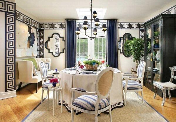 Величественная простота сквозит в покрытиях для стен, выполненных в греческом стиле, имеющих благородную палитру, придающих помещению лаконичный законченный вид