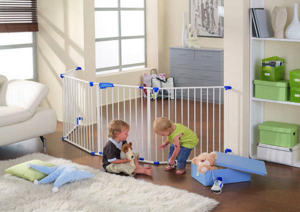 Как сделать ворота безопасности от детей своими руками фото 329