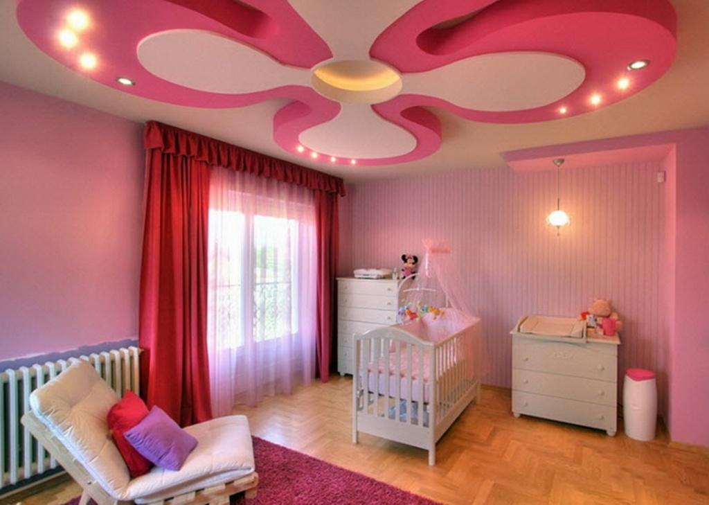 Необычный потолок сделает красивой и уютной самую простую комнату, придаст интерьеру изюминку