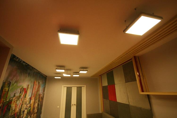 Световые панели - источник вдохновения для оригинального дизайна жилого помещения