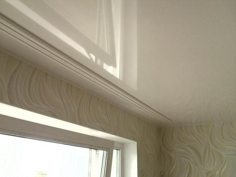 Карниз - обязательная деталь для любой комнаты