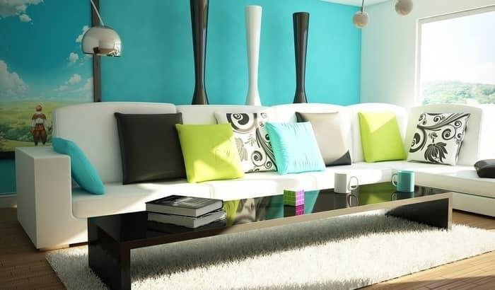 Бирюзовый цвет обоев визуально очень приятен — он создает чувство легкости и свежести