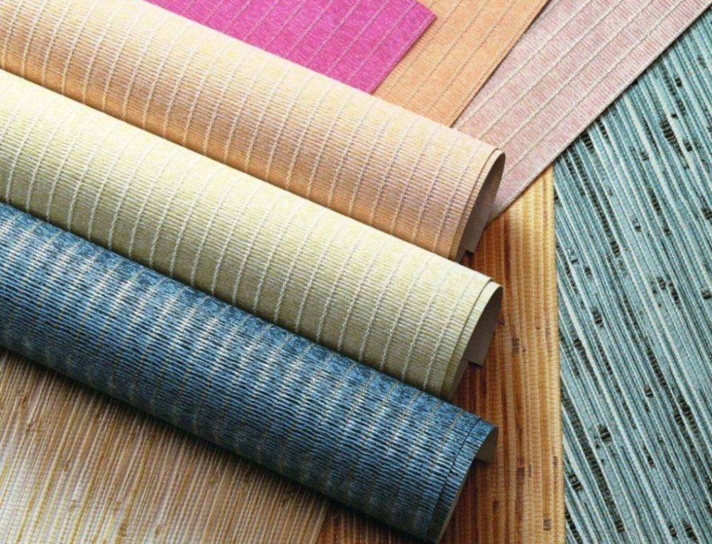 Отличительная черта любых обоев для украшения интерьера – экологическая чистота, доступная цена и разнообразная цветовая палитра