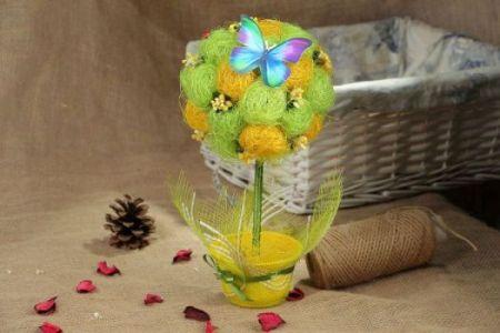 Самодельный воздушный топиарий - это прекрасный подарок, который понравится и детям и взрослым