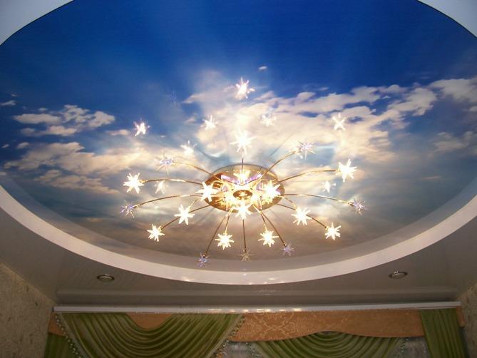 Натяжные потолки будут идеальным вариантом для красивой и изысканной отделки потолка в вашей квартире