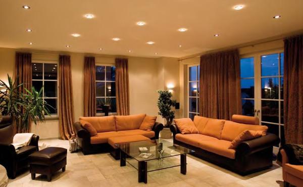 Для того чтобы создать идеальную гостиную, необходимо продумать дизайн зала, не отвлекаясь на мелкие детали