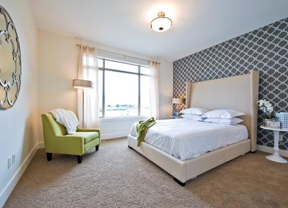 Оформляя спальню, следует правильно подбирать цвета, чтобы они гармонировали между собой