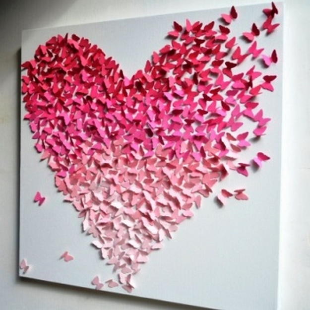 Панно из бабочек прекрасно впишется в любой интерьер вашего жилища