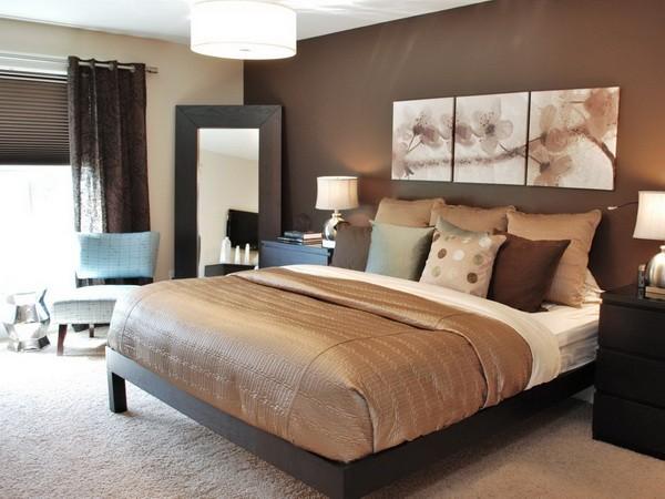 Спальня - это комната для отдыха, поэтому важно здесь создать уютную и расслабляющую атмосферу