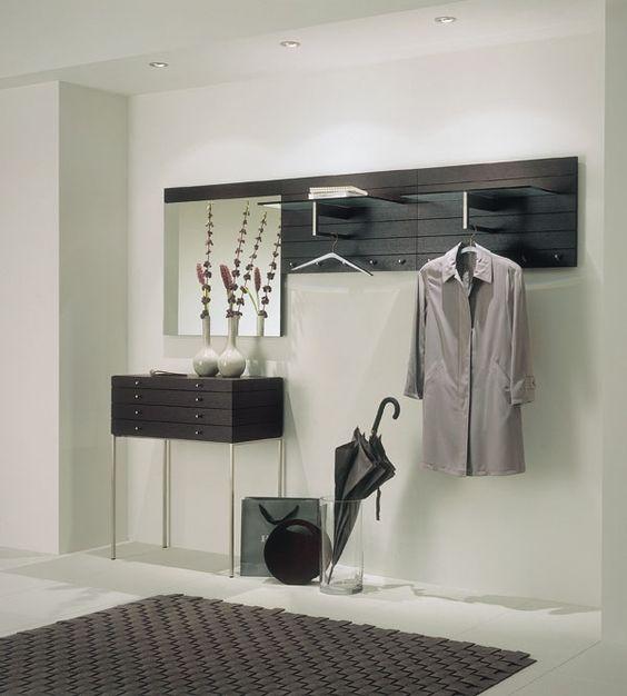 Современная прихожая — это красивое и функциональное пространство, выдержанное в определенной дизайнерской стилистике