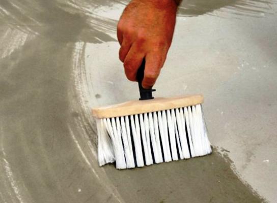 Важным этапом при проведении ремонтных работ является подготовка гипсокартона под обои