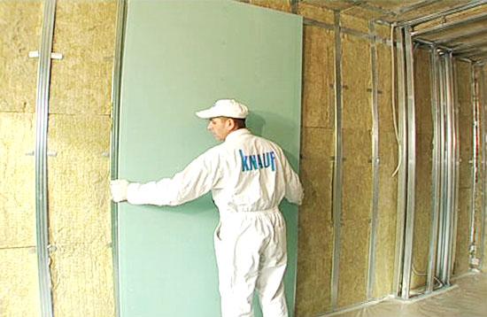 Создание гипсокартонных стен по технологии Кнауф заключается в первую очередь в применении качественных и надежных материалов