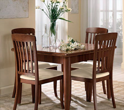 Столы и стулья для гостиной нужно выбирать согласно личным предпочтениям