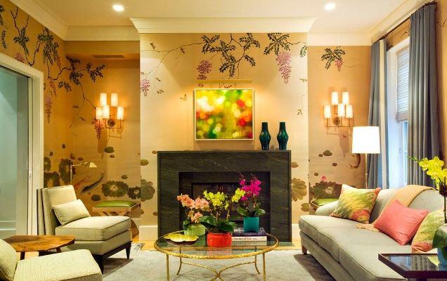 Создать уютную комнату с домашней атмосферой поможет отделка стен желтыми обоями