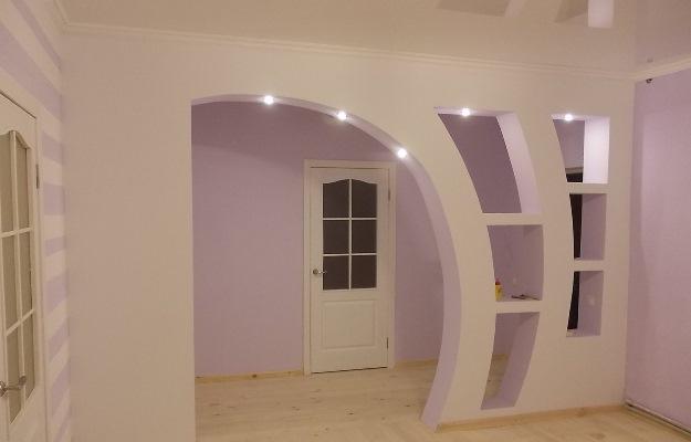Красивая арка из гипсокартона сделает интерьер помещения современным и практичным
