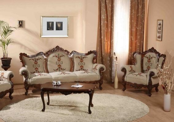 Диван является незаменимым элементом гостиной, поэтому к его выбору следует подходит тщательно