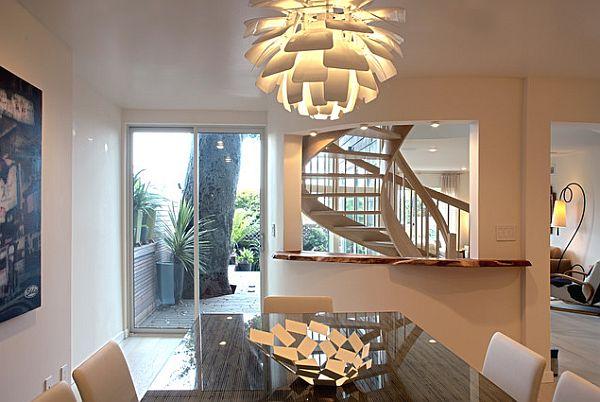 Стильная люстра в современном интерьере очень важна: с ее помощью можно подчеркнуть оригинальность помещения