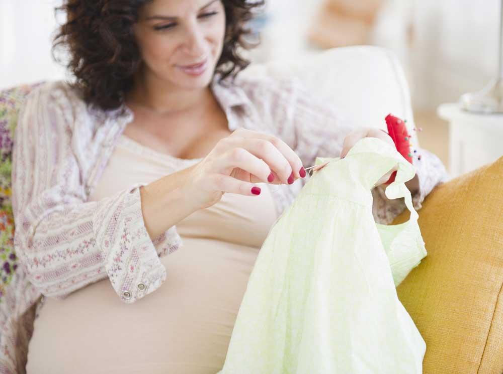 Можно ли беременным вышивать крестиком - вопрос, интересующий многих будущих мам