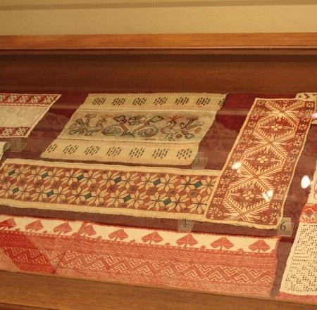 Техника вышивки крестом применялась еще во времена строительства замков