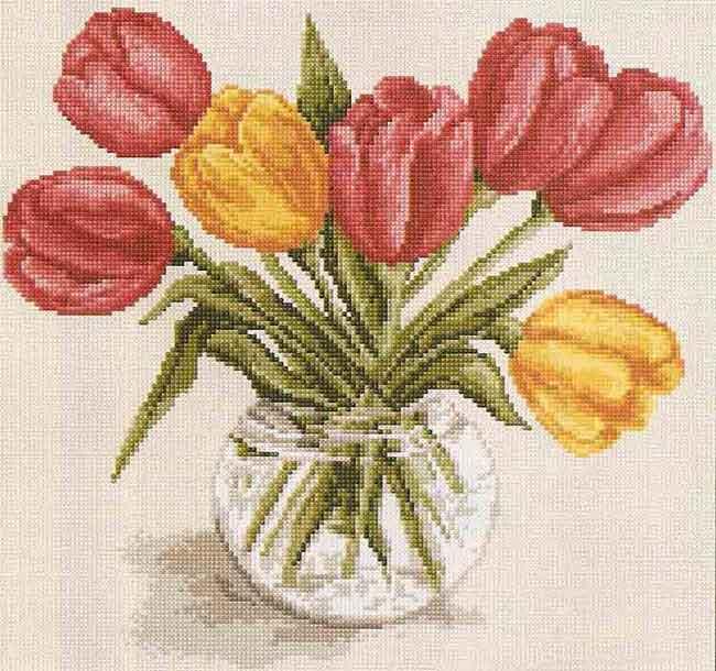 Вышивка тюльпанов крестиком является прекрасным занятием для женщин