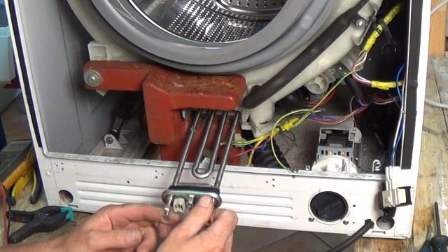 Перед тем как приступить к замене тэна, необходимо ознакомиться с внутренним устройством водонагревателя