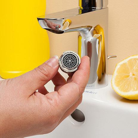 Аэратор для смесителя – это небольшое устройство в виде сетчатого фильтра