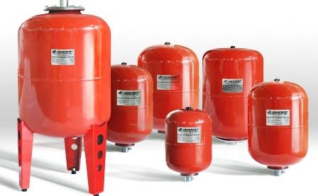 Защитить котел и трубы можно при помощи расширительного бака для отопления