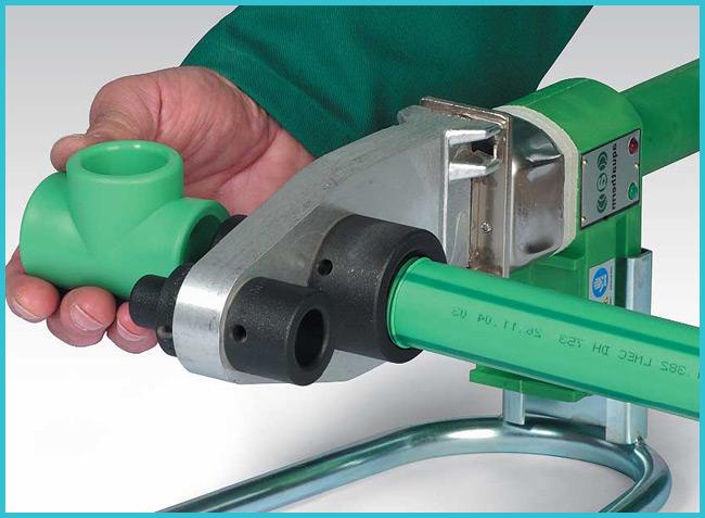 Сварка полипропиленовых труб – процесс, доступный даже начинающему слесарю