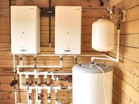 Многие предпочитают устанавливать автономное отопление в квартире, поскольку это удобно и практично