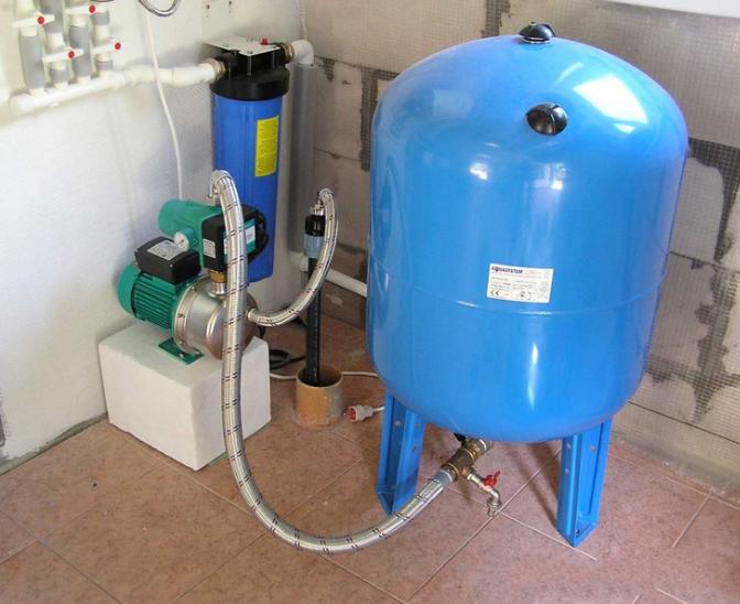 Гидроаккумулятор для систем водоснабжения считается очень важным приобретением