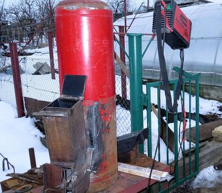 Ракетную печь можно сделать самостоятельно с помощью обычной стали