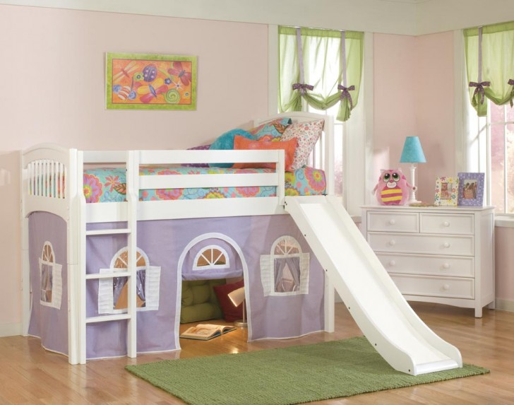 кровать для ребенка с бортиками