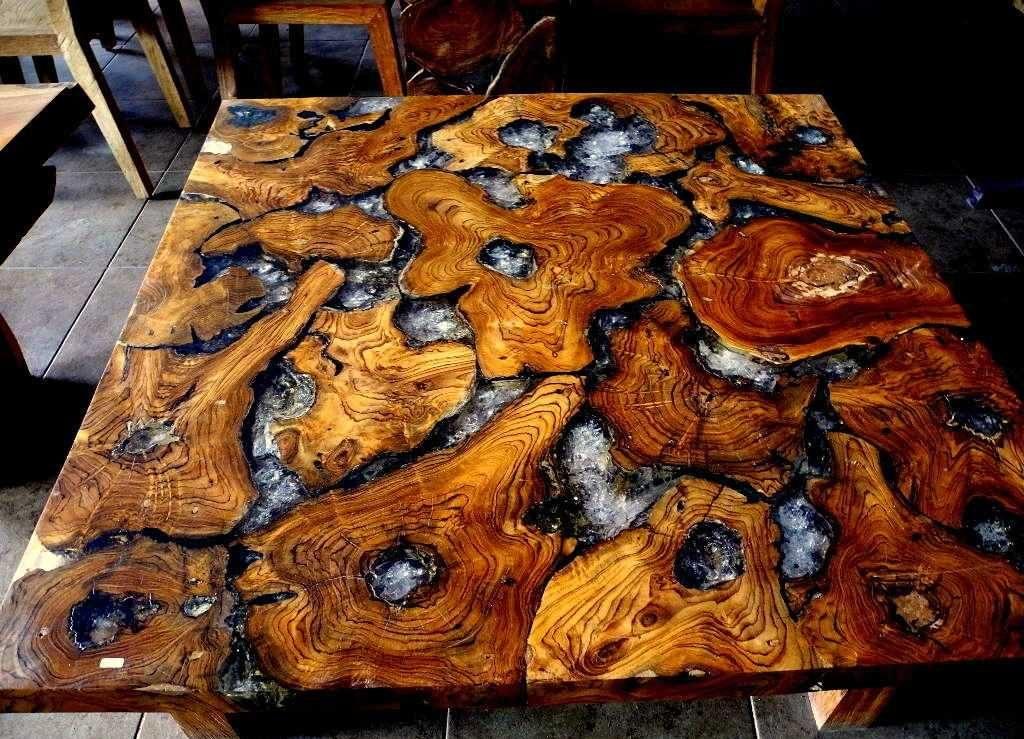 стол-комбинация из спилов старой древесины
