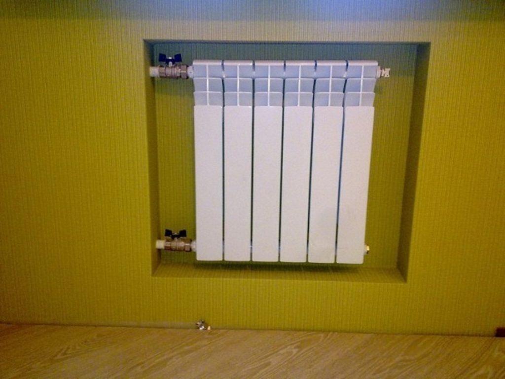 Батарея вместо хрущёвского холодильника