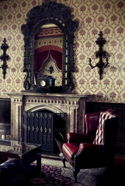 Готический стиль в интерьере квартиры и дома, обзор и фото.