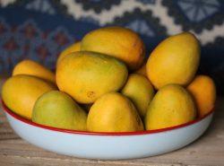 Миска манго