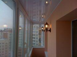 Натяжные потолки - одни из самых популярных подвесных потолков
