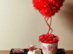Топиарий в форме сердца отлично подойдет в качестве подарка для любимого человека