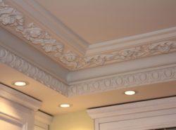 Полиуретановый плинтус - это идеальный по сочетанию цены и качества материал