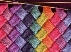 Вязание в стиле пэчворк - популярный и доступный даже для новичков вид рукоделия