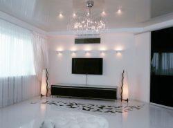 Натяжные потолки отличаются друг от друга не только по цвету, но и по фактуре, стилю и другим параметрам