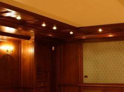 Дерево — материал для отделки потолка, который никогда не выйдет из моды