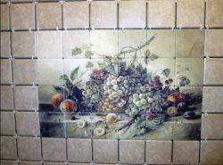 Панно из плитки — идеальный и оригинальный вариант декорирования стены на кухне