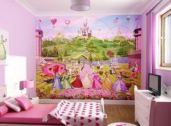 Отличным выбором для девичьей комнаты будут обои с любимым мультипликационным героем ребенка