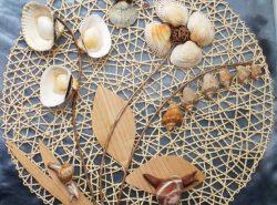 Ракушки - очень хороший материал для панно, так как их необычная форма и вид сделают композицию уникальной