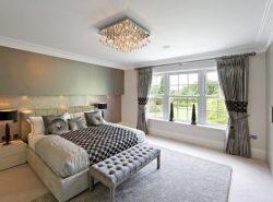 Для комнаты с низким потолком можно подобрать люстру, которая подчеркнет оригинальный дизайн помещения