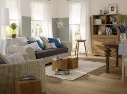 Гостиная — место не только для дружеских встреч, но и для отдыха, поэтому нужно стремиться сделать ее максимально уютной