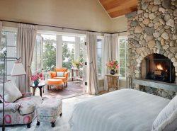 Оформляя спальню, очень важно создать здесь романтичную и уютную атмосферу